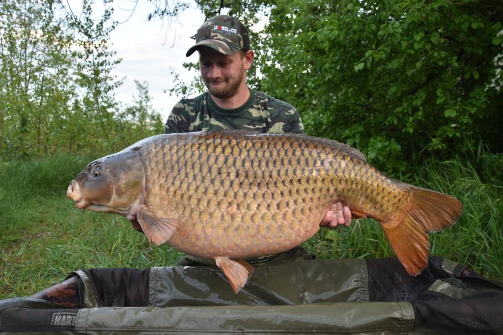 27.70kg 111cm (2)